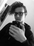 Brodie , 18, Armadale