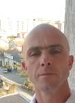 vali Kelmendi, 40  , Pristina