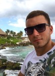 Vitaliy, 32  , Titel