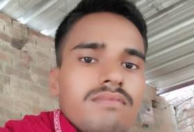 Vinod, 28 - Just Me