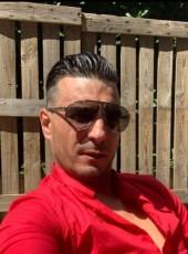 Ckleiin, 32, France, Paris