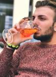 Davide, 22  , Oyonnax