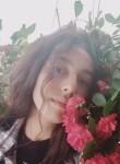 Selin, 18  , Ankara
