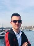 Kerem, 18, Istanbul