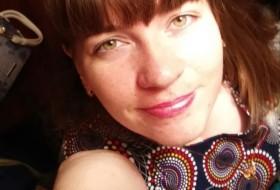 Olga, 32 - Just Me