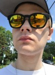 Jonathan Moore, 21  , Auburn (State of New York)