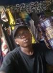 Gabriel, 19  , Douala