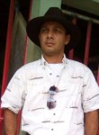 Yader Hernández, 36  , Nueva Guinea