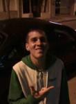 Ayrton, 24  , Montevideo