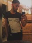 Hossam, 19  , Cairo