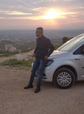 Mko, 35, Palestine, Dura
