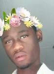 Owen, 20  , Libreville