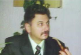 Leonid, 61 - Just Me