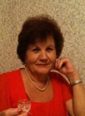 Dina, 77, Russia, Saint Petersburg