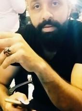 hamada, 24, Turkey, Istanbul