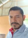 Javier , 43  , Bahia de Caraquez