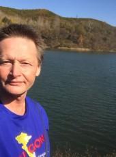 Vic, 51, Russia, Vladivostok