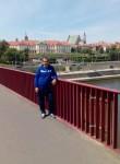 Vitya Tsapenko, 37  , Komsomolsk