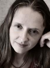 Elena , 39, Russia, Vladivostok