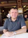 Daniel, 53  , Autun