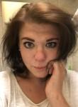 Yuliya, 28, Saint Petersburg