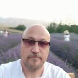 Henry, 50  , Scalea