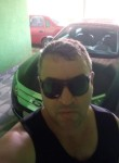 Roberto, 46  , Luziania