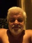 mario, 61  , Halluin