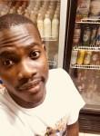 Aron, 24 года, Lomé