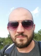 Александр, 39, Canada, Montreal