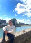Manu, 21, Bourg-en-Bresse