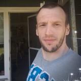 Henrik , 35  , Svendborg
