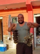 Yahony, 42, Dominican Republic, Villa Bisono
