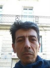 Omar jarjnazi, 54, France, Saumur