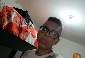 José, 20 - Just Me