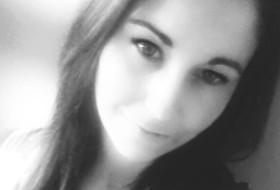 gaby, 24 - Just Me