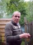 Ashot, 67  , Arnhem