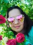 Darina, 18  , Luhansk
