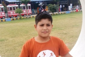 Prakrit, 18 - Just Me