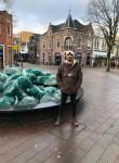 Arshi , 40  , Den Helder