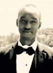 dennis, 25  , Kigali