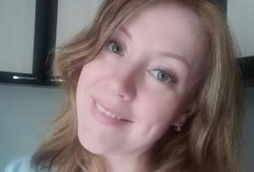 Olga, 39 - Just Me