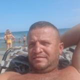 Xhimi, 36  , Canelli