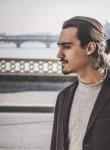 Axel, 24  , Antony