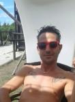 Mic, 43  , Ponsacco