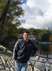 Artur, 22, Russia, Ufa