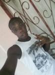 Junior , 20  , Libreville