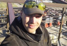 Ilya, 26 - Just Me