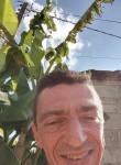 raphiky, 45  , Saumur