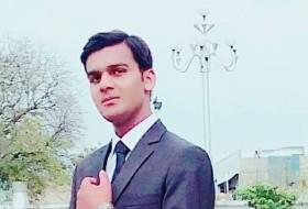 Farhad, 18 - Just Me